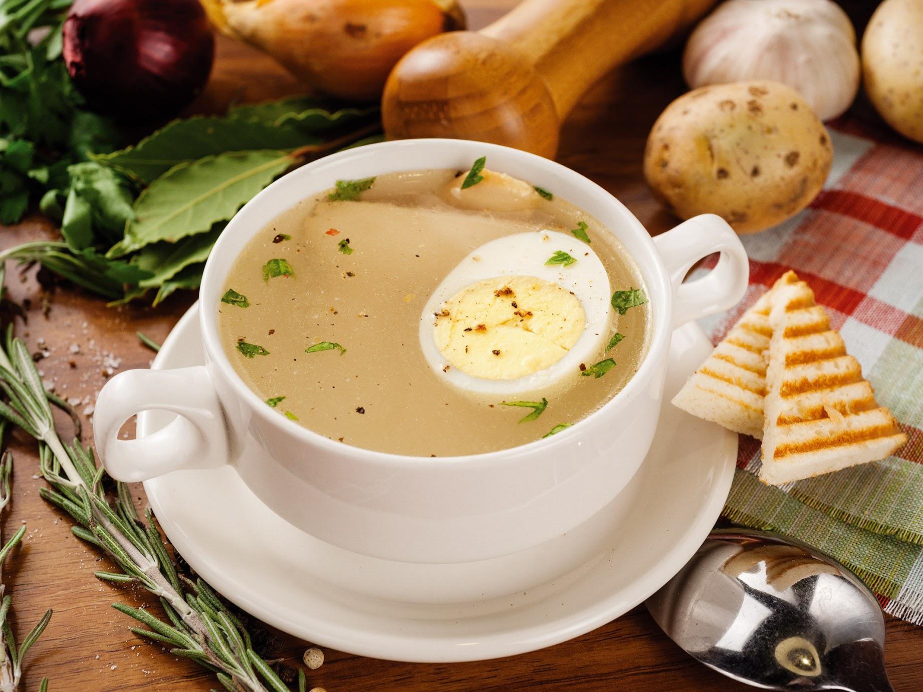 Суп из курицы с яйцом