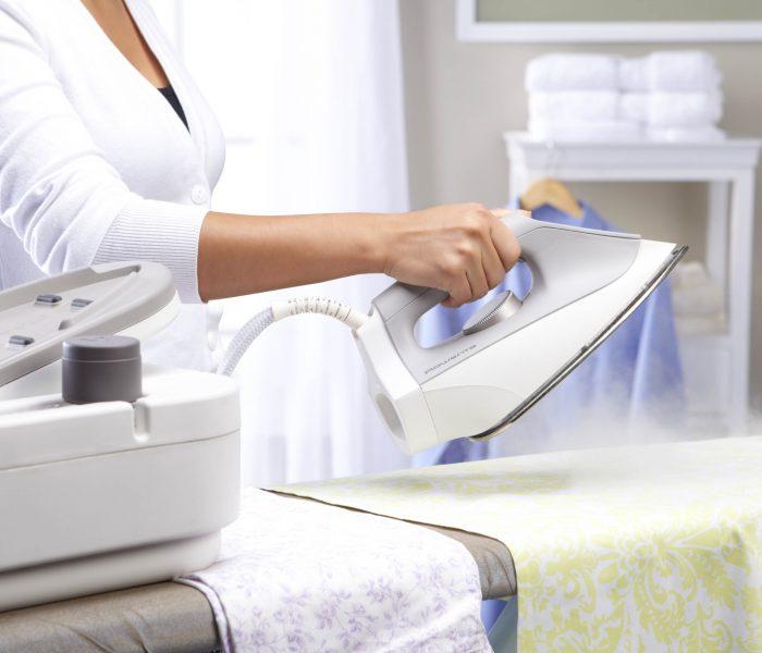 Каковы преимущества использования профессиональной химчистки одежды?